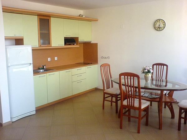продается квартира с 2 спальнями на море в Болгарии