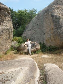 Бегликташ каменный трон
