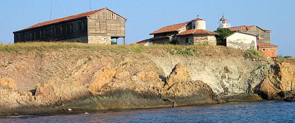 монастырь на острове Святой Анастасии