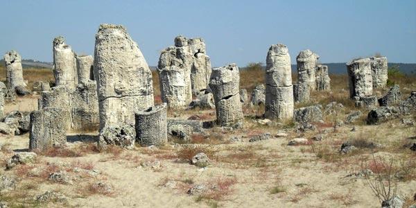 Природный феномен - побитые камни
