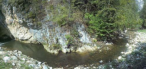 горная река Родопи, Болгария