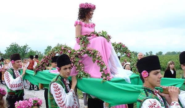 Фестиваль роз Болгария