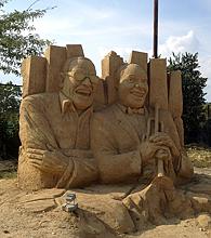 песчаные скульптуры Бургас 2013 - Армстронг