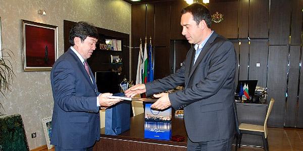 прямой реис из Бургаса в Казахстан